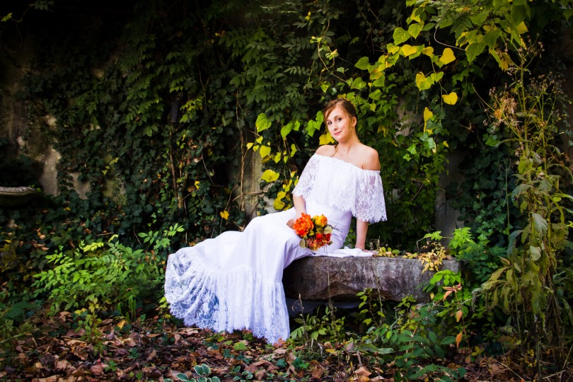 Bride in wedding dress, wedding photographer in dandridge TN,